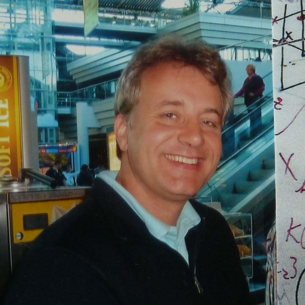 Robert2012